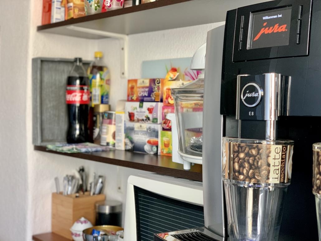 Jobfinder - Küche mit Getränken